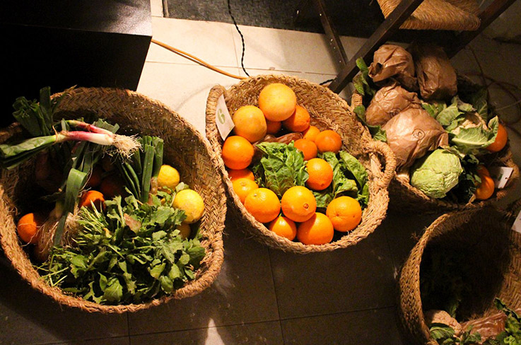 Baskets of the Madrid consumer group La Dinamo, full of organic and local produce. Photo (CC BY-SA): Alejandro Panés
